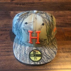 Huf hunter camo fitted 7 5/8